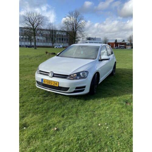 Volkswagen Golf 1.6 TDI 81KW 5D Blue Motion 2013 Wit