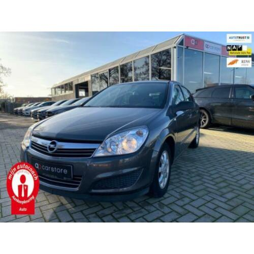 Opel Astra 1.4 Business (WGN00008)